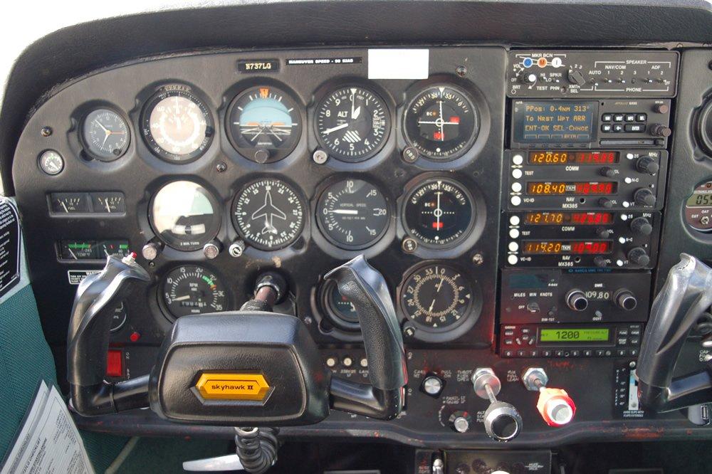 1978 CESSNA 172 SKYHAWK | J A Air