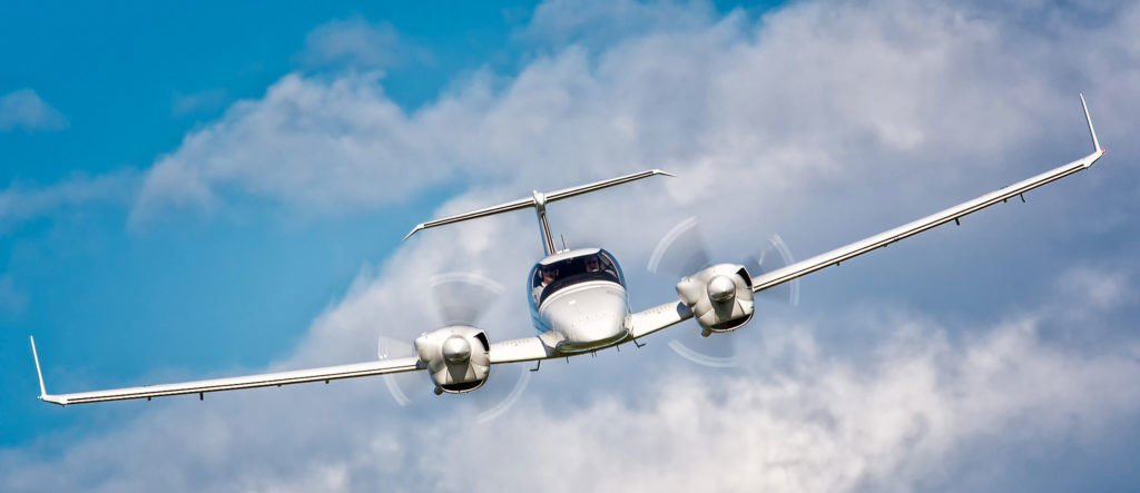 What to Look for in a Flight Training School