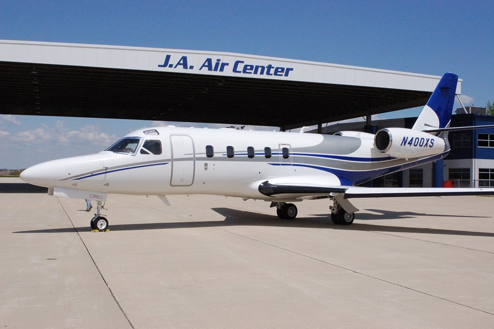 J A Air | Chicago's Premier FBO and General Aviation Facility
